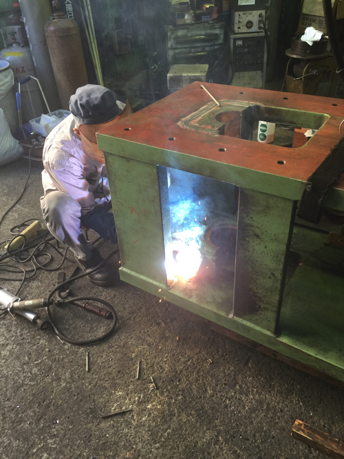 Press frame during welding